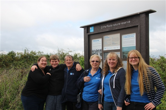Des and Carol flanked by family members who also volunteer for the RSPB, Image (c) Dave Saunders
